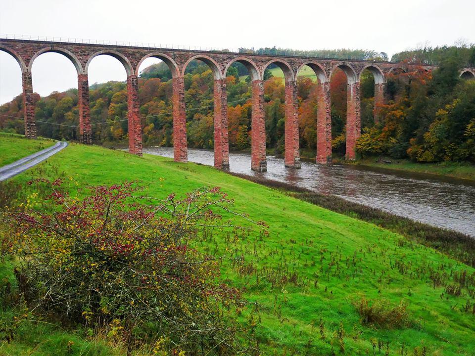 Viaducto de Leaderfoot