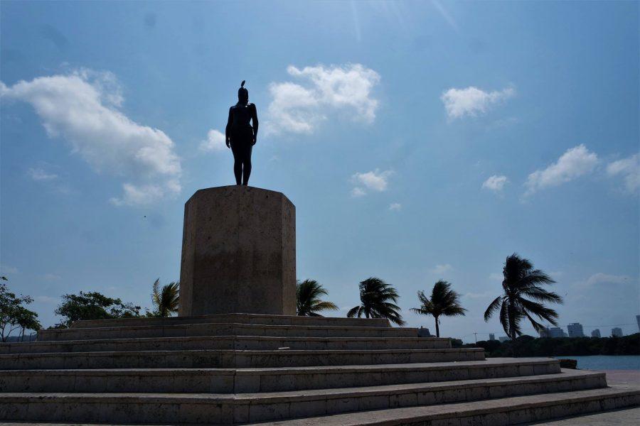 Estatua de la India Catalina en Cartagena de Indias