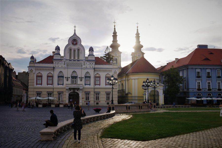 Atardecer en la plaza Unirii, qué ver en Timisoara