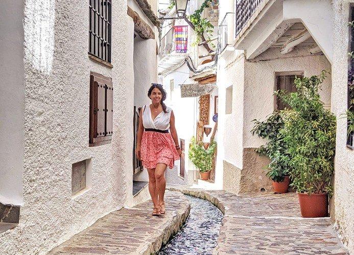 Caminando por Pampaneira