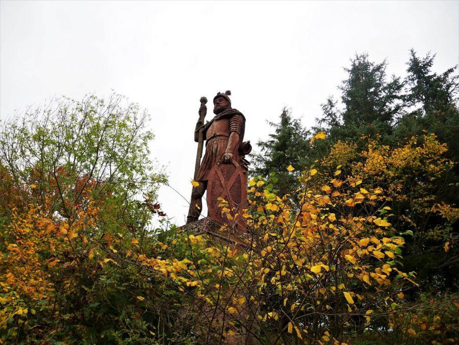 Estatua de William Wallace, el héroe escocés, 10 lugares que visitar en Escocia