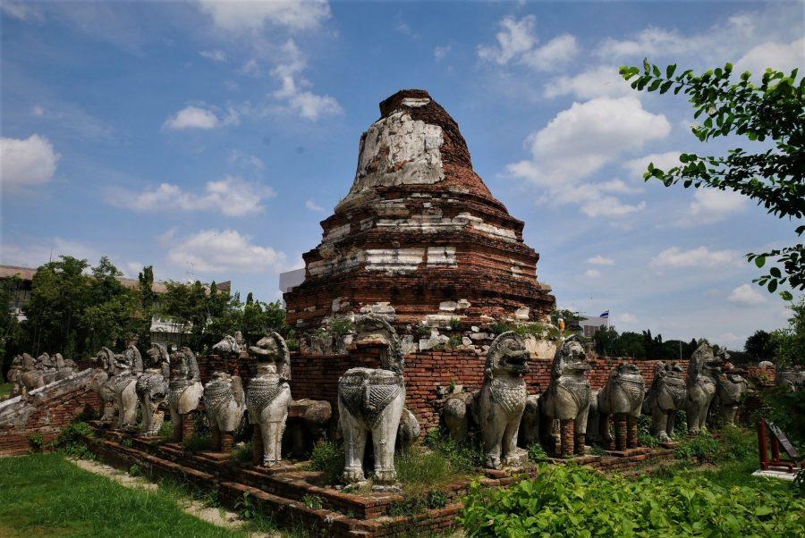 Estutas de leones en Ayutthaya