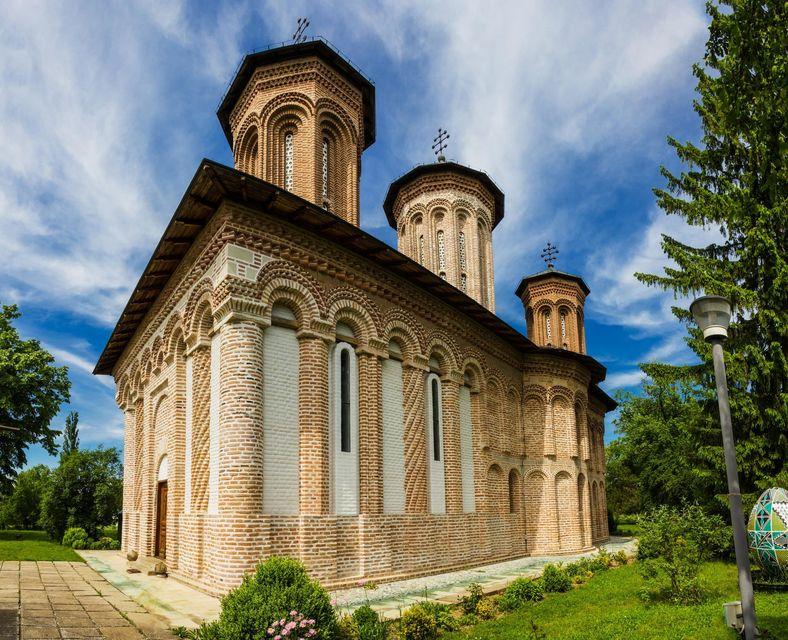 Monasterio de Snagov, ruta de Drácula por Transilvania