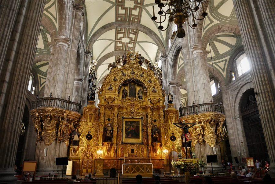 Interior de la catedral de Ciudad de México