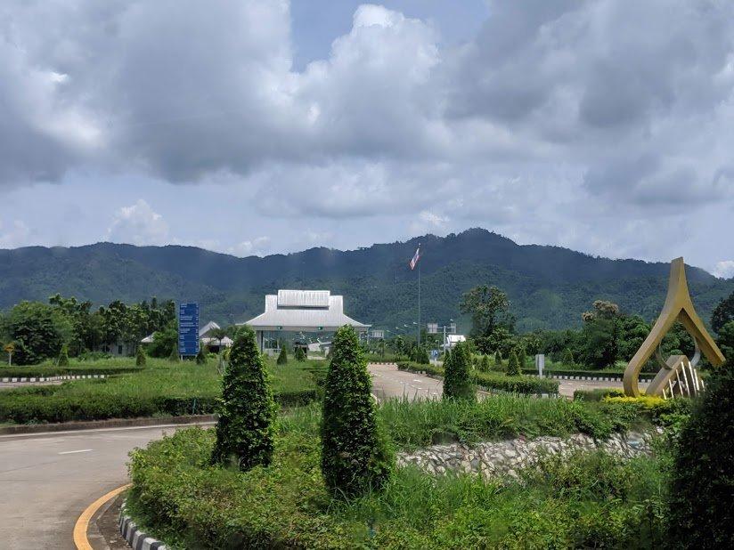Cruzar la frontera de Tailandia a Laos