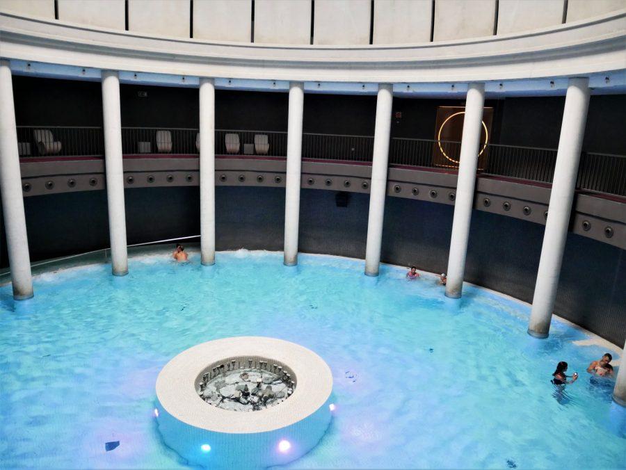 Piscina de Aquaxana en Las Caldas