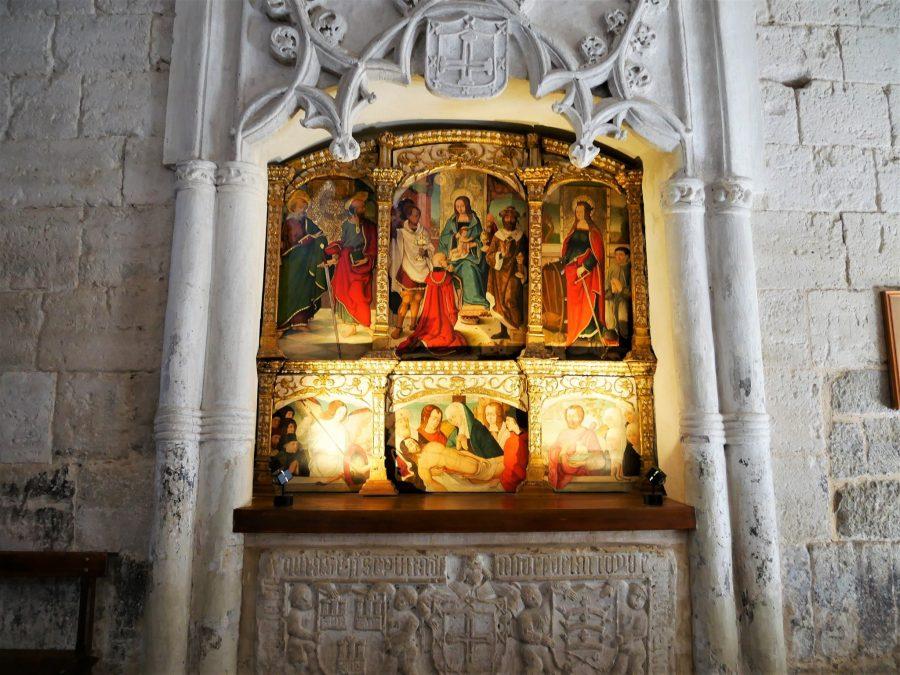 Interior, iglesia de Santa María, qué ver en Wamba en Valladolid