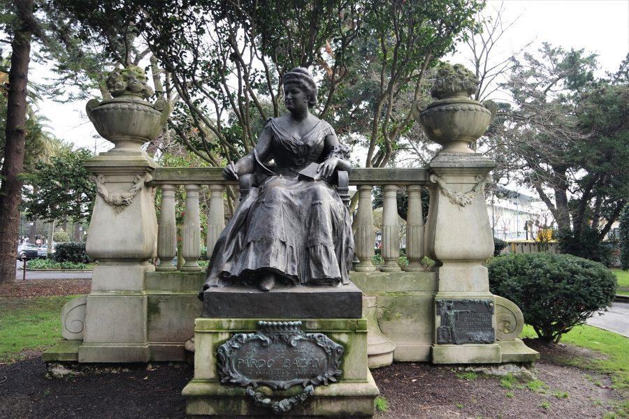 Condesa Emilia Pardo Bazán, parque de Méndez Núñez