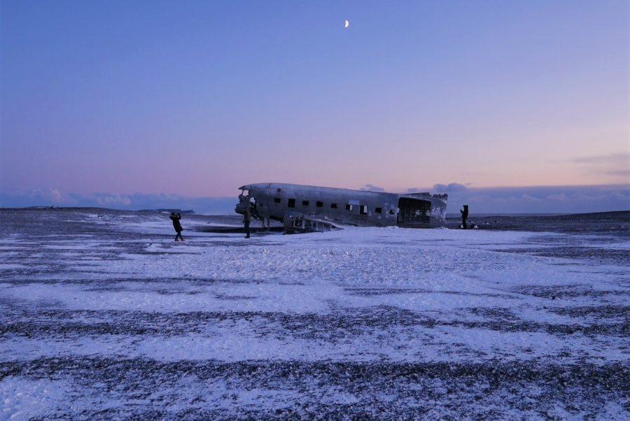 El avión estrellado de Islandia, Rutas por Europa en coche