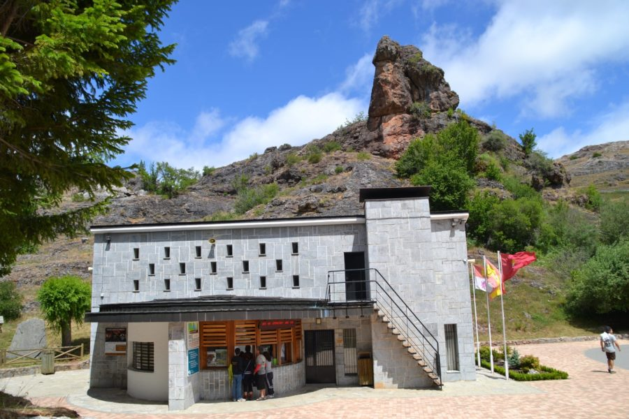 Taquilla Cueva de Valporquero