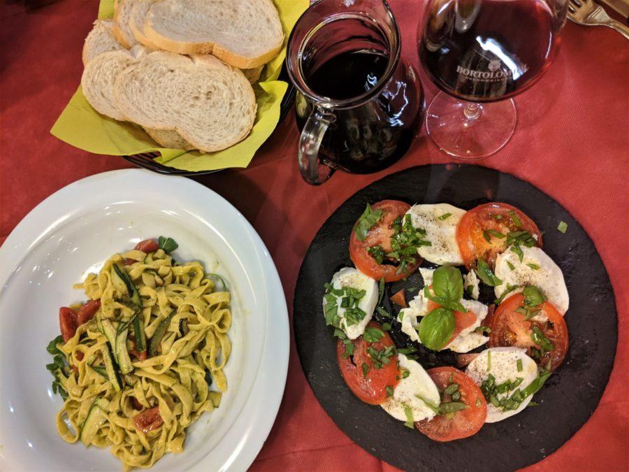 Cena en Pizzería Mónaco en Auronzo
