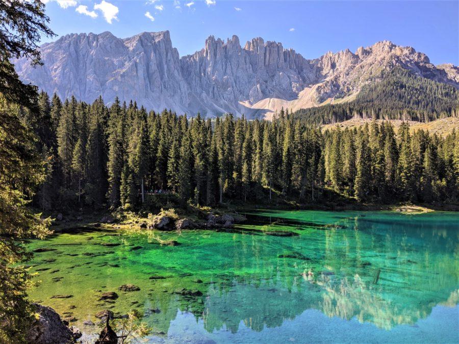 Lago di Carezza, ruta por los Dolomitas