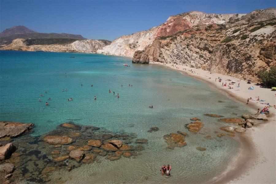 Playa de Fyriplaka, playas de Milos, Grecia