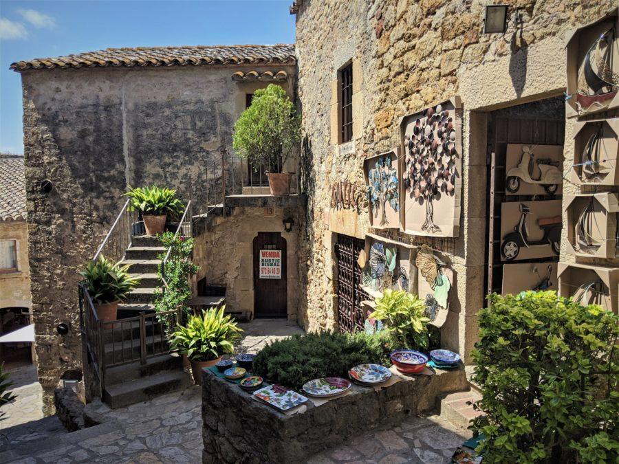 Tienda de artesanía en Pals Girona