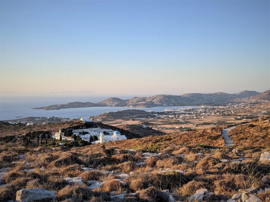 Vistas de la isla de Paros