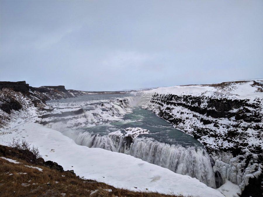 Cascada de Gullfoss en invierno