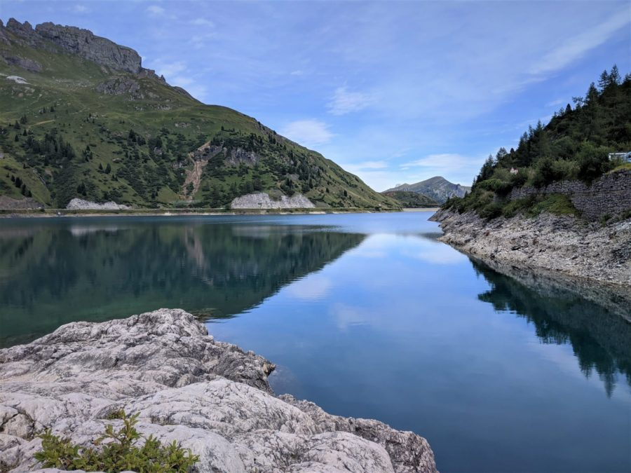 El lago di Fedaia, La Marmolada