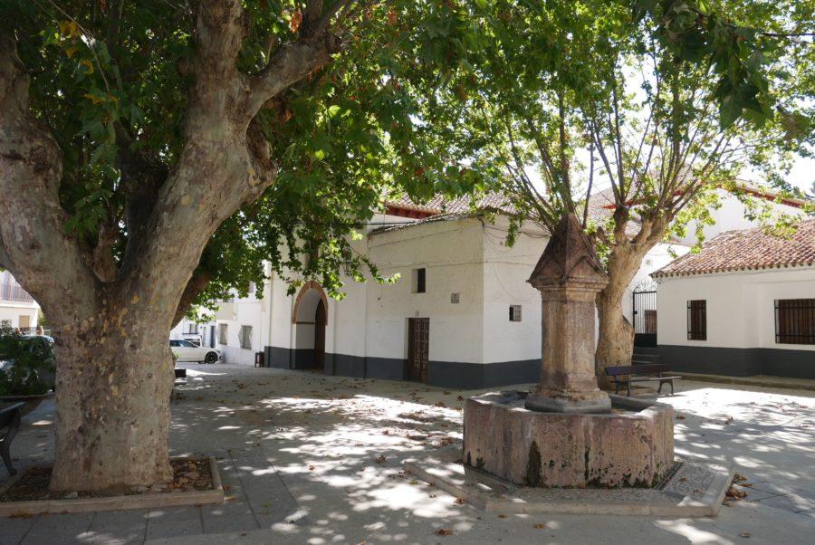 Plaza de la iglesia, qué ver en Yegen, Alpujarra de la Sierra