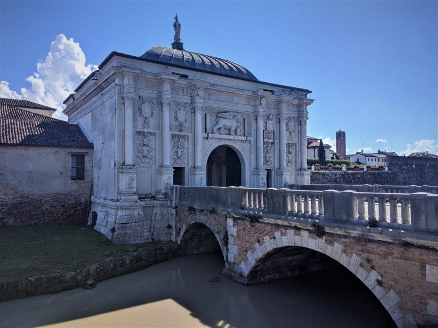 Puertas históricas a la ciudad de Treviso