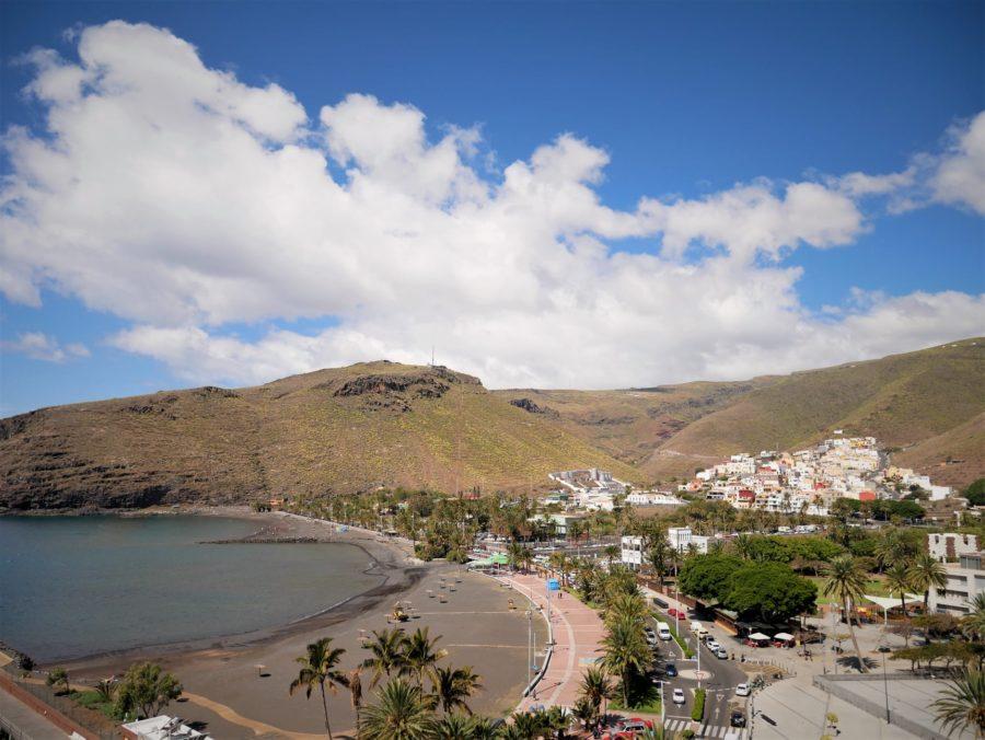 Vistas a la playa de San Sebastián de la Gomera