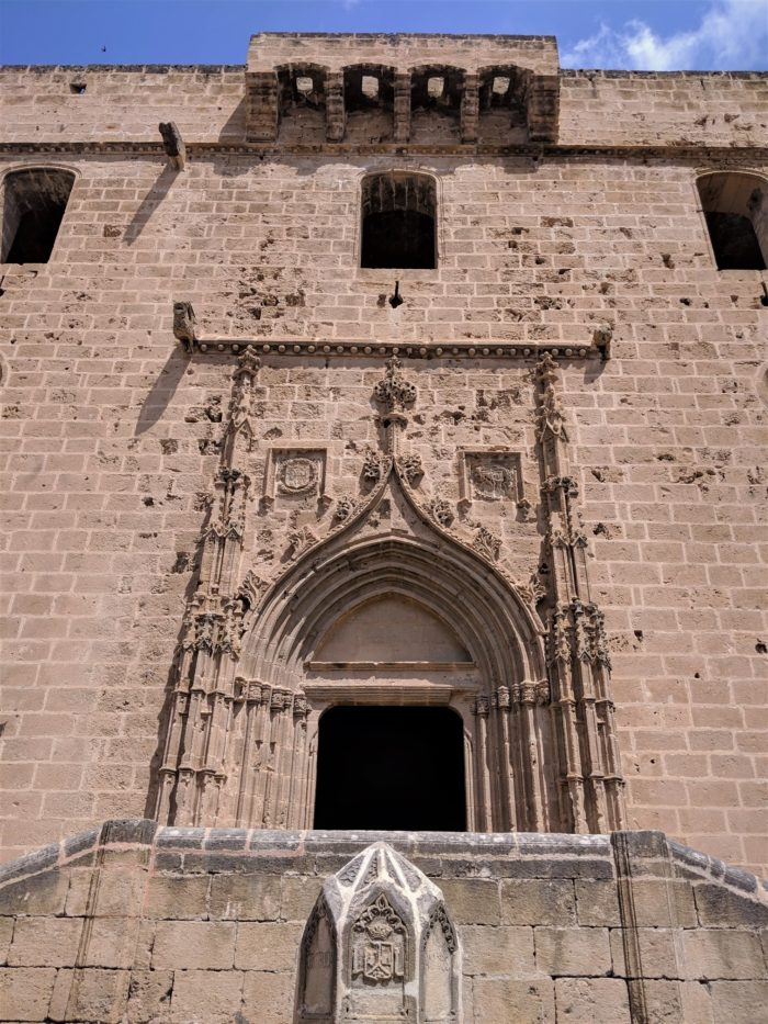 La iglesia gótica de San Bartolomé en el centro de Jávea