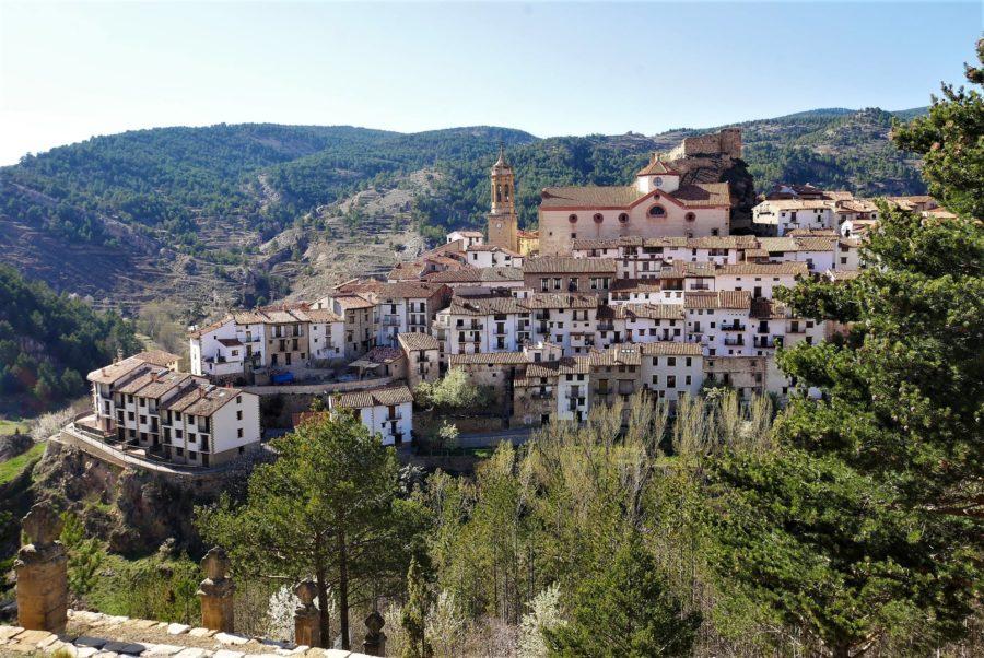 Pueblos pintorescos de Gúdar - Javalambre, Linares de Mora. Teruel
