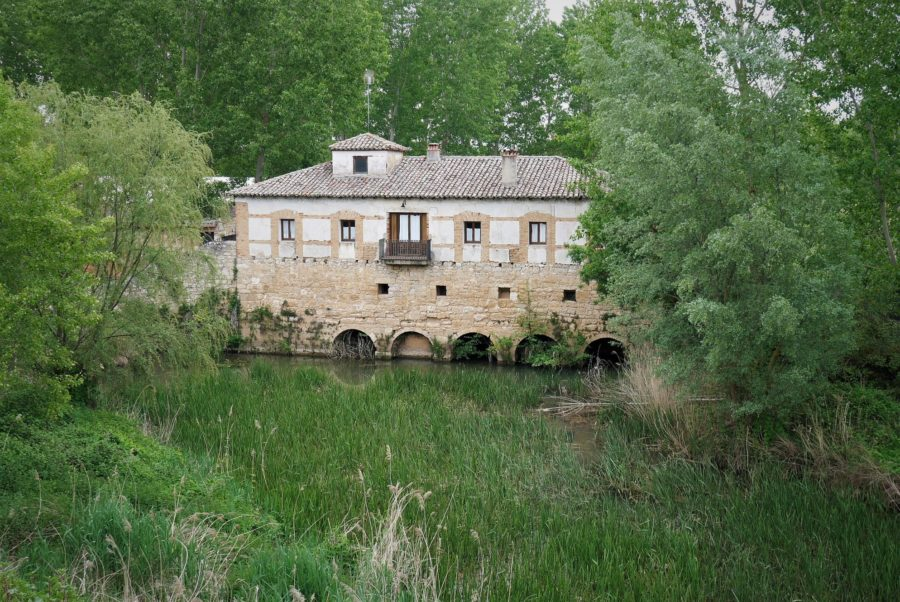 Viejo molino en Torquemada