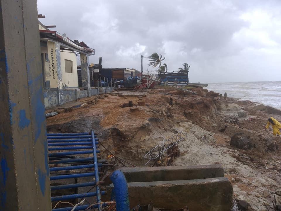Piden vigilar ayuda de los damnificados por los huracanes para que no se desvíe. Cortesía