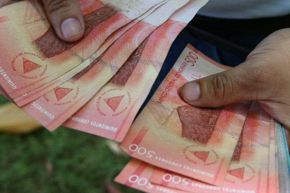 Reducción de la tasa de deslizamiento del tipo de cambio del Córdoba con respecto al dólar. Cortesía.