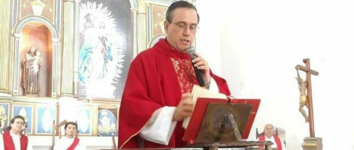 obispo de la Diócesis de Bluefields Padre Francisco Tijerino Dávila
