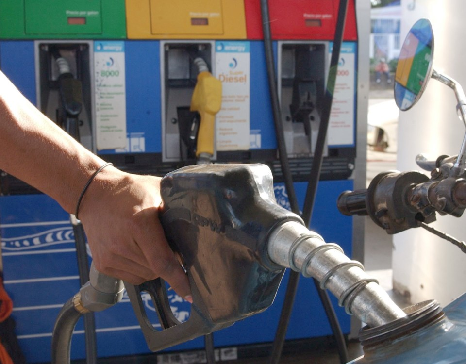 Nicaragua registra 18 semanas consecutivas de incrementos en el precio del combustible. La Costeñísima/ Cortesía Foto: La Prensa