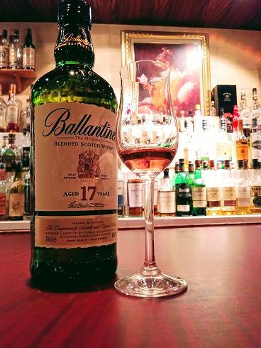 キーモルト,バランタイン17年,12年,おすすめ,ウイスキー,シングルモルト,ブレンデッド,国産,スコッチ,美味しい,銘柄,飲み方