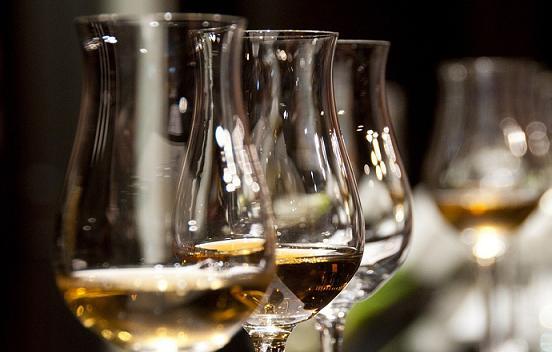 シングルモルトスコッチウイスキー,おすすめ,人気,美味しい,格安,リーズナブル,ハイボール,飲み方,銘柄一覧
