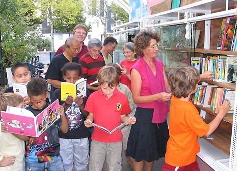 bibliothèque de rue fernand jack rennes crédit ouest-france.jpg
