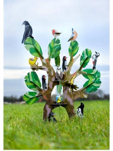 Kidsonroof-Totem-birds-on-tree.jpg