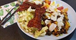 Salata de pui cu bacon