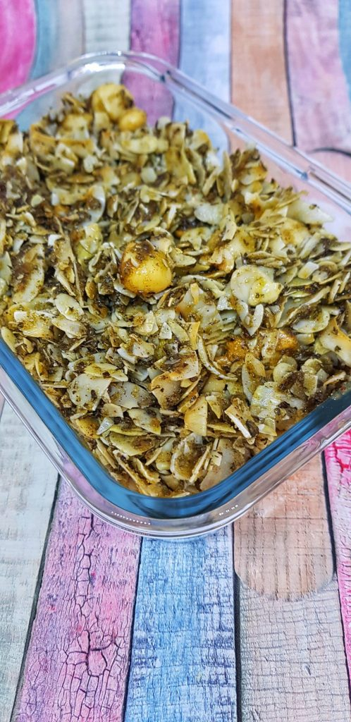 Granola Keto cu nuci migdale cocos