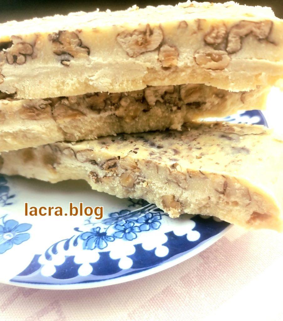 Batoane proteice low carb cu ciocolata alba
