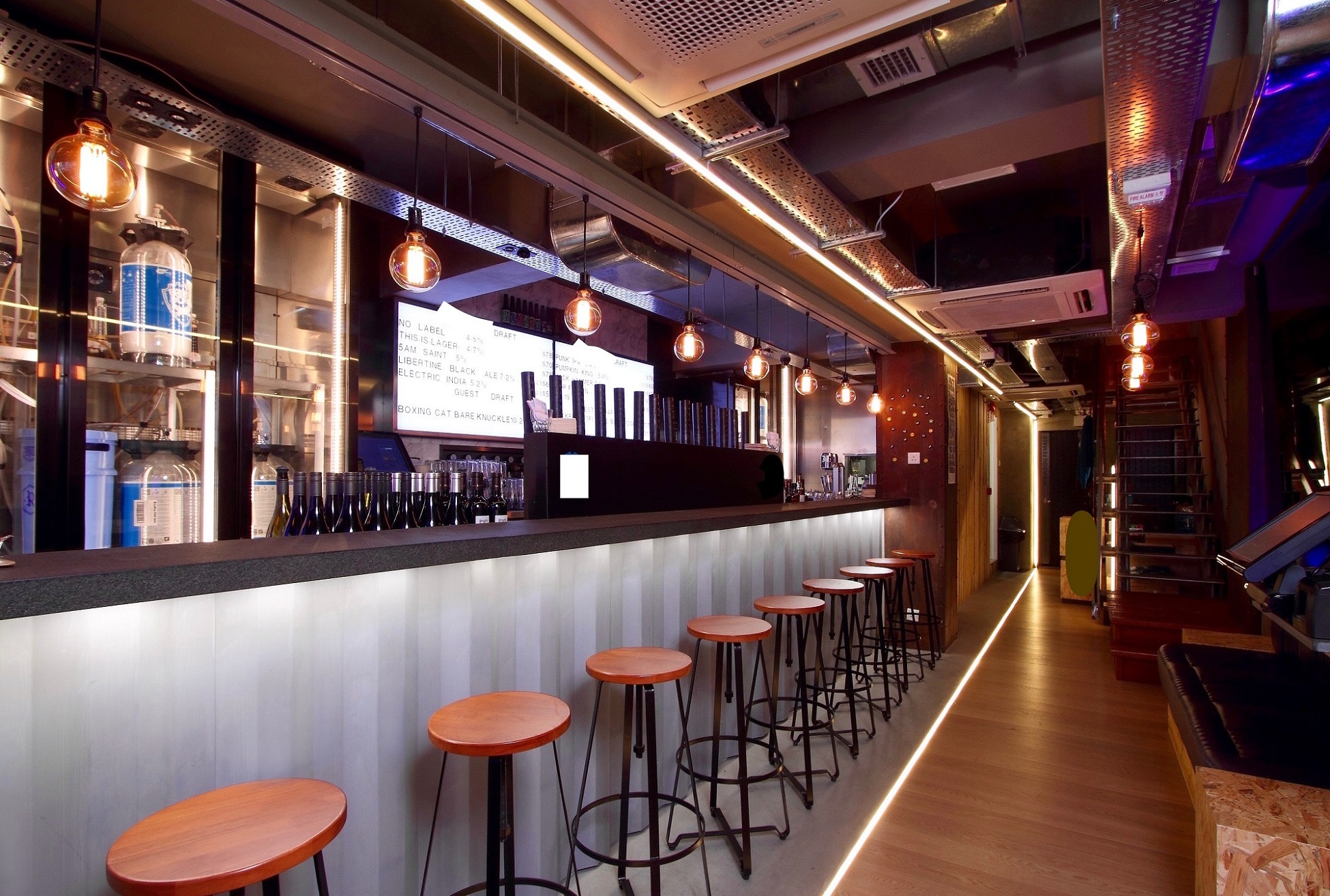 Central bar space lease Hollywood Road