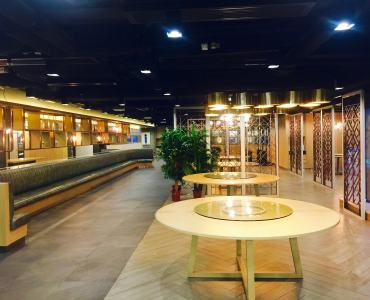 Causewat Bay Huge upstairs restaurant with full kitchen for Lease