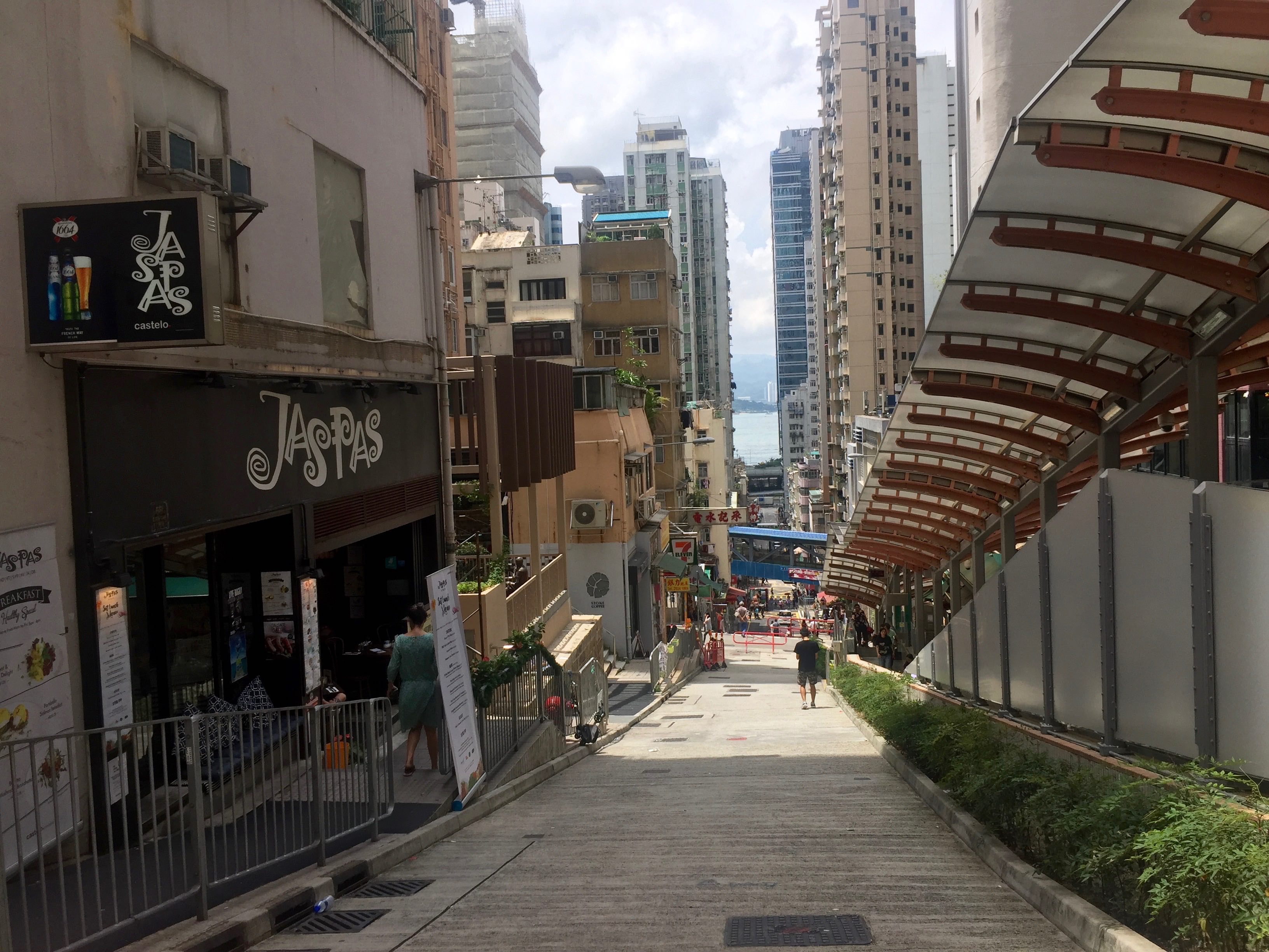Sai Ying Pun Centre Street escalator connects foodie traffic from main street to High Street