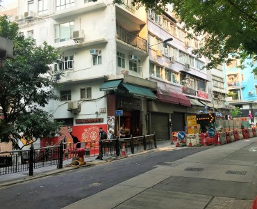 Hollywood Road Central Hong Kong high-ceiling wide-frontage FnB Shop for Lease