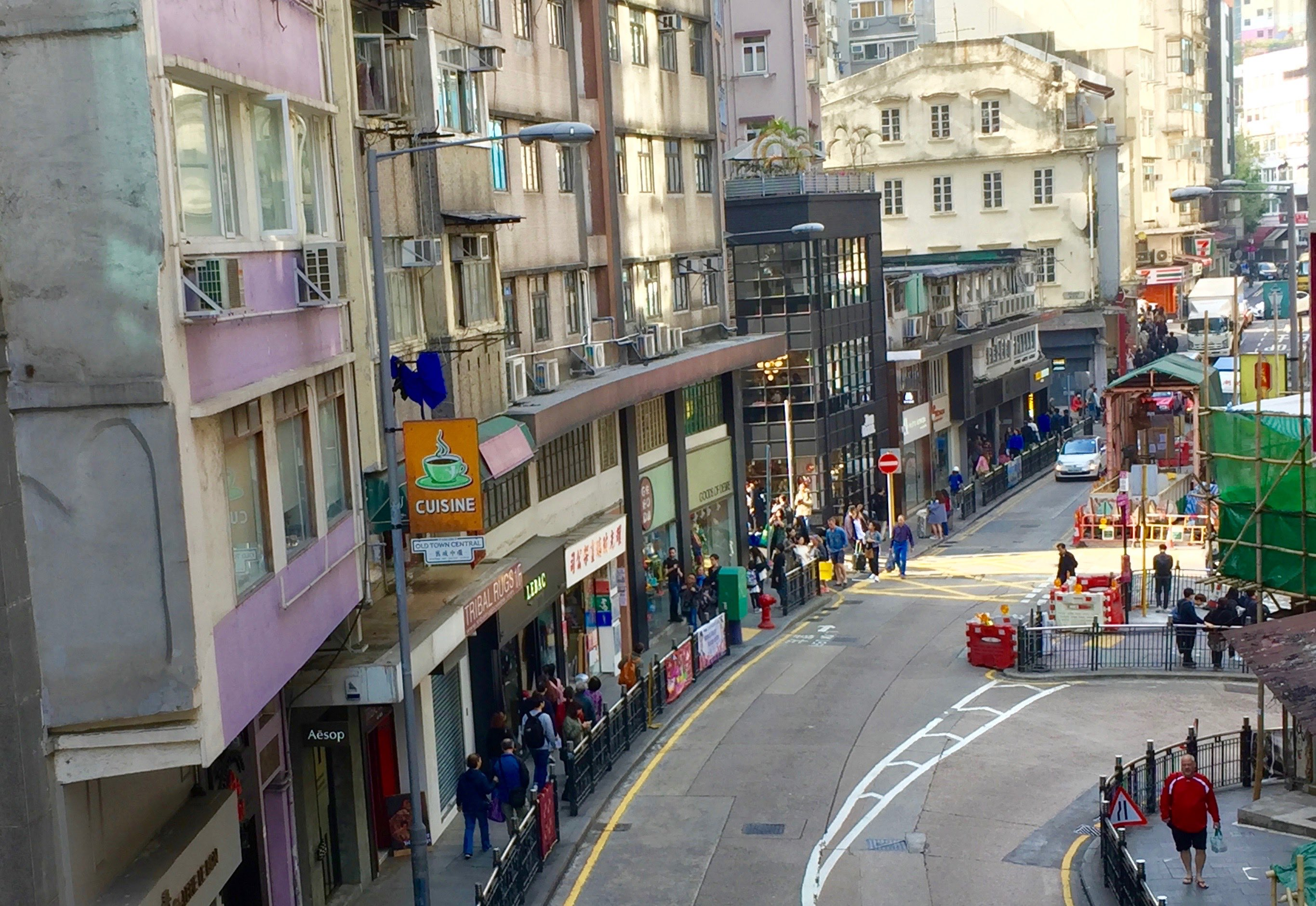 Hong Kong Central Hollywood Road high foodie traffic F&B Shop for lease
