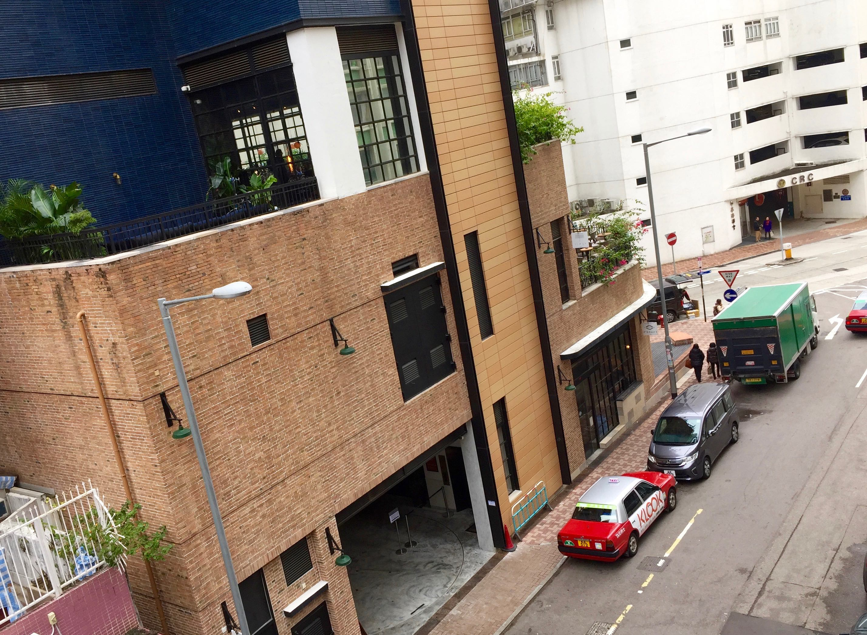 Hong Kong Tai Hang high ceiling F&B shop with outdoor for Lease