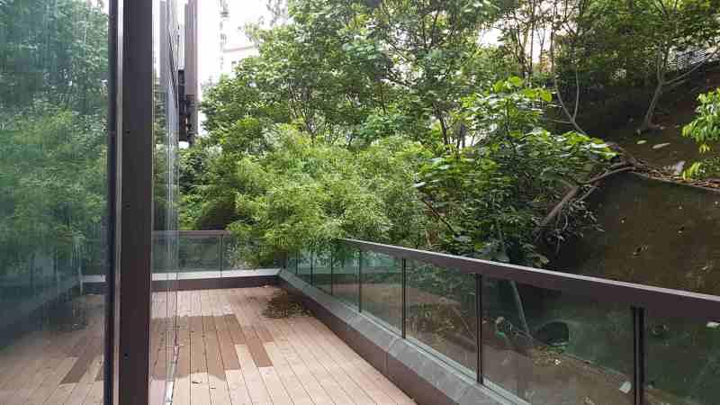 FB shop for rent with long balcony in Tsim Sha Tsui, HK