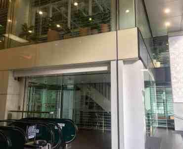 Hong Kong Central High-traffic Duplex F_B Shop for Lease