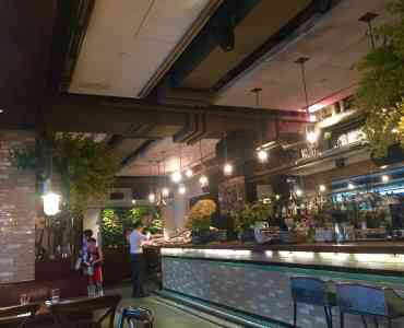 Central HK High-ceiling F&B Shop for Lease in Lan Kwai Fong