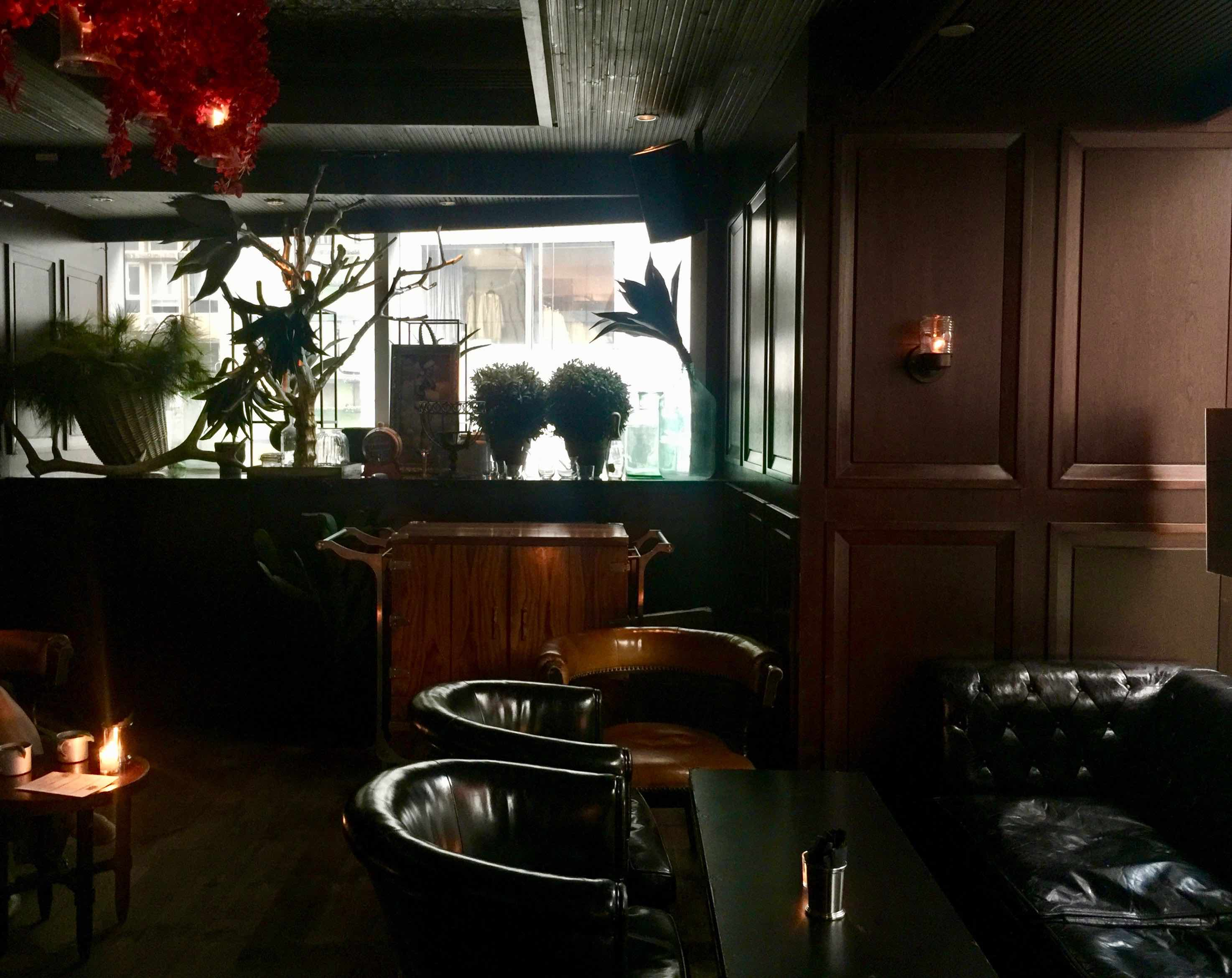 Central fitted restaurant & bar for lease in Lan Kwai Fong HK