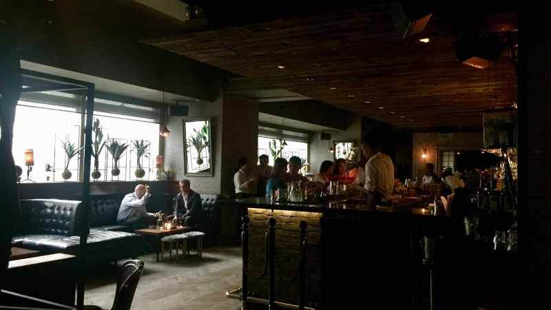 HK Central Lan Kwai Fong high-ceiling restaurant & bar for lease