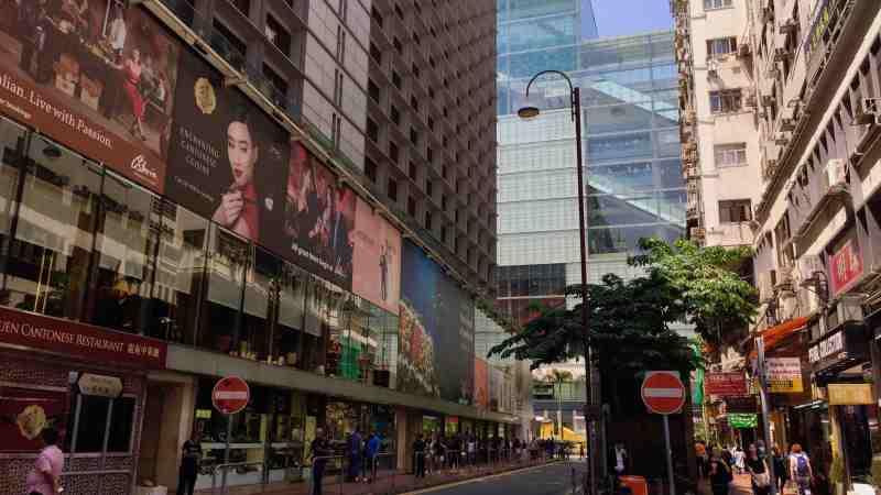 Tsim Sha Tsui Tourist Traffic F&B Shop for Lease Hong Kong